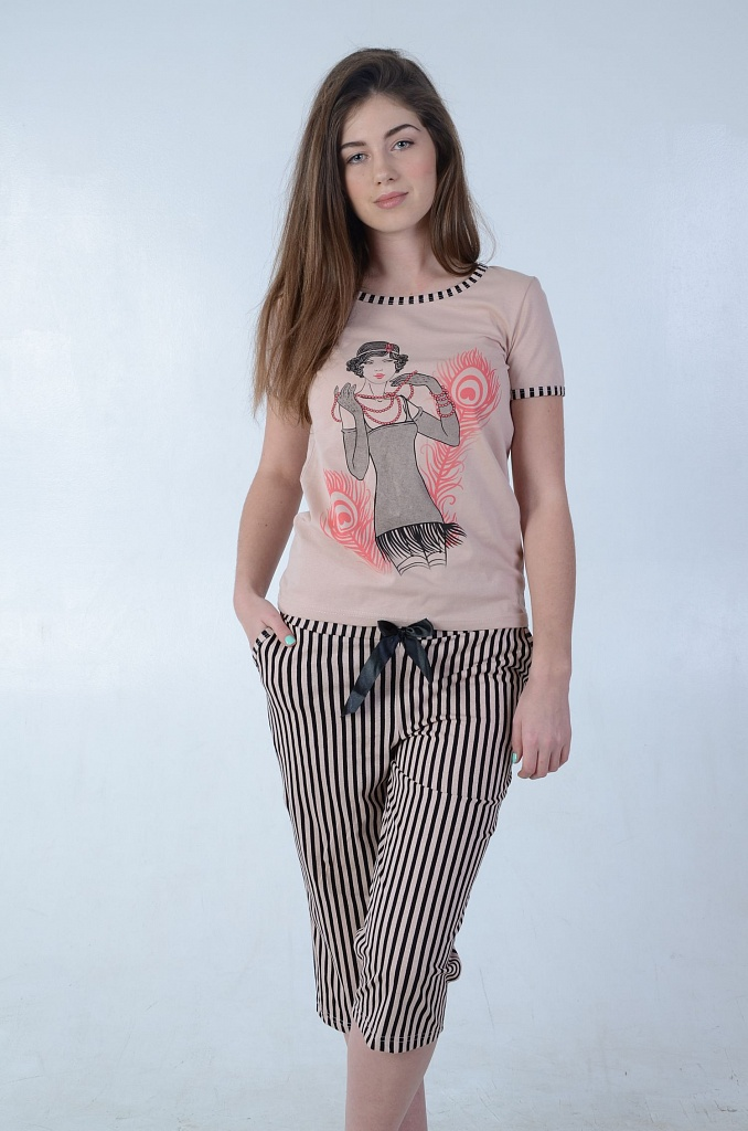 Костюм женский Кабаре футболка и бриджиДомашние комплекты, костюмы<br><br><br>Размер: 52