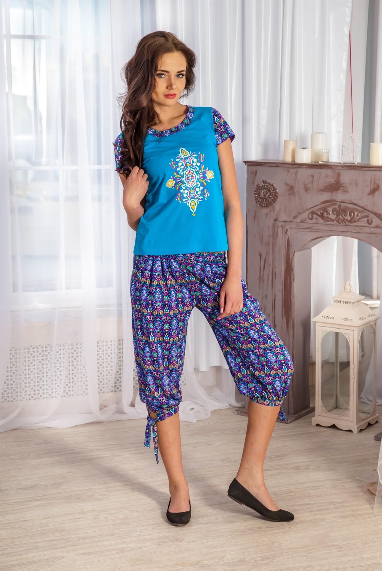 Костюм женский Жаклин футболка и бриджиКостюмы<br><br><br>Размер: 54