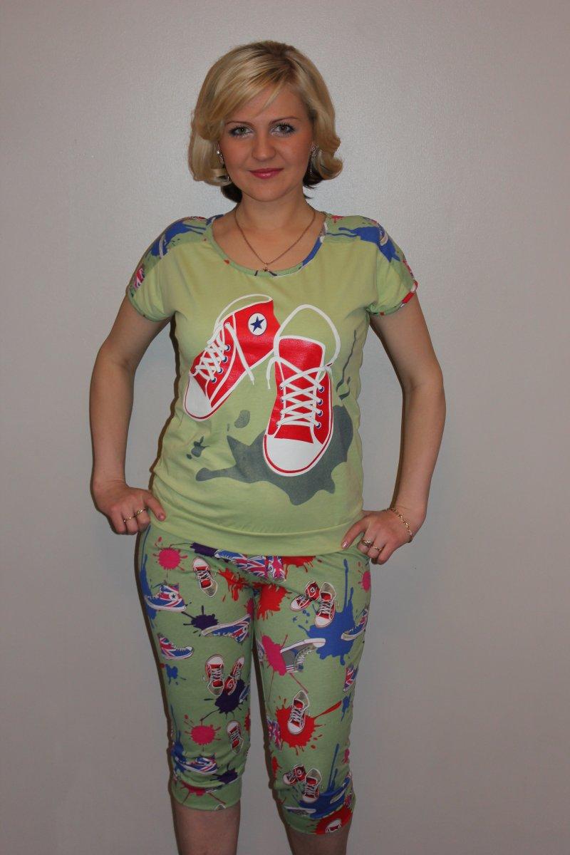 Костюм женский Кеды футболка и бриджиОдежда для дачи<br><br><br>Размер: 54