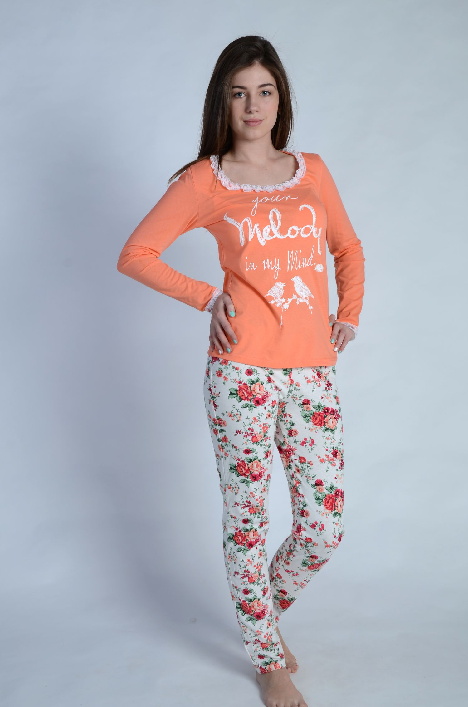 Пижама женская МелодияПижамы<br><br><br>Размер: 44