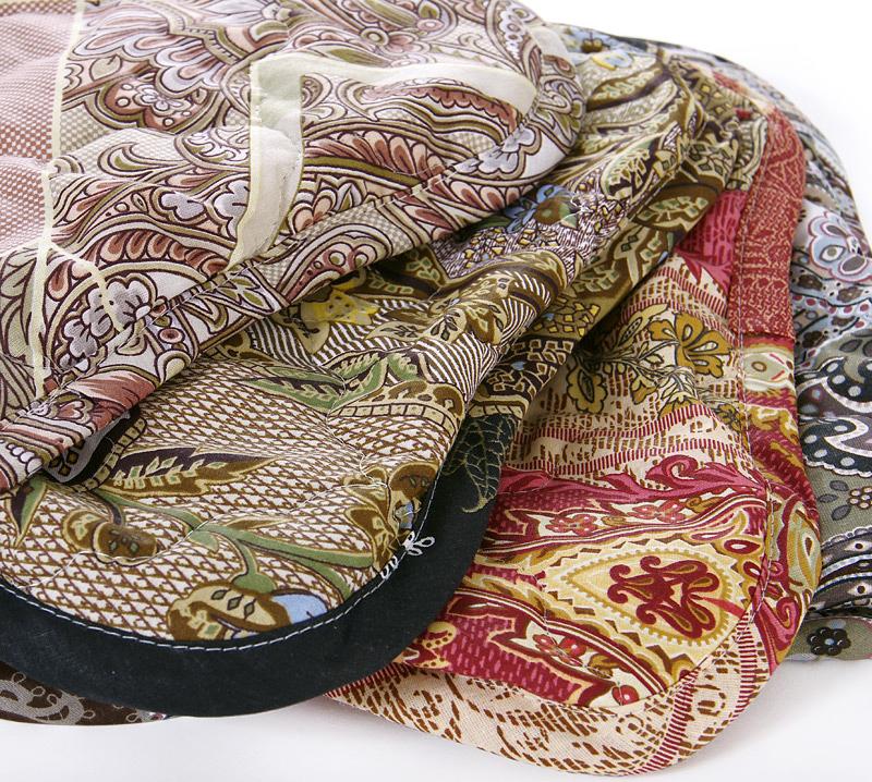 Чехлы стеганые (сидушки) на резинкеСтоловый текстиль<br><br><br>Размер: 37х37