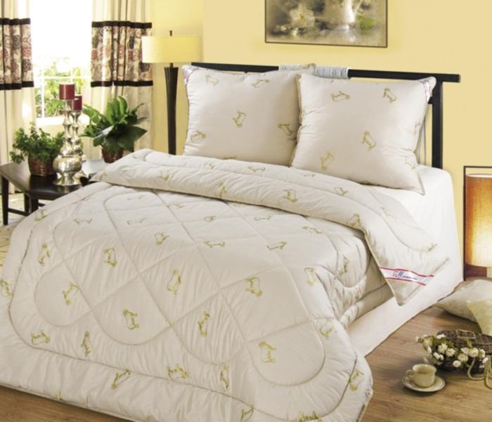 Одеяло Шерсть овечья облегченное (в полиэстере)Детские одеяла и подушки<br><br><br>Размер: Евро-макси