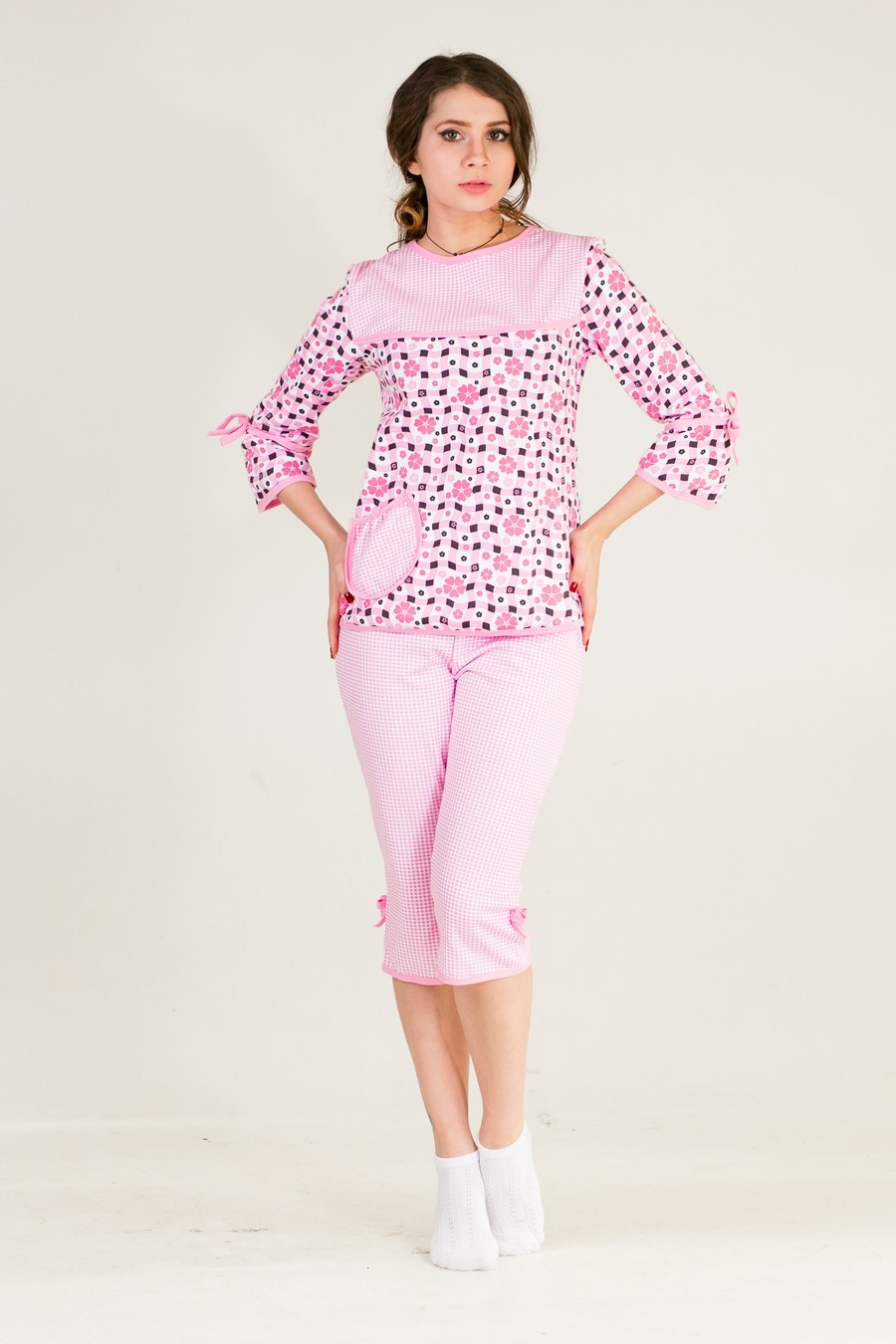 Пижама Катя Цветочки кофта +бриджиДомашняя одежда<br><br><br>Размер: 44