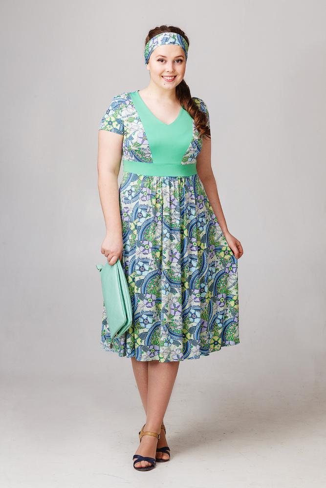 Платье Светло зеленоеПлатья<br><br><br>Размер: 60