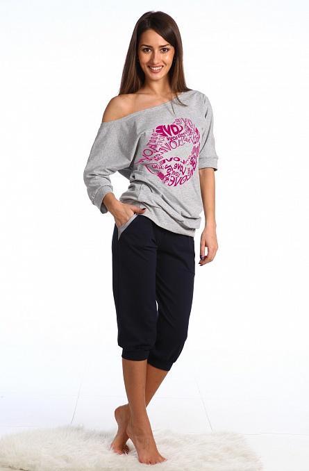 Блуза LoveБлузы<br><br><br>Размер: 44