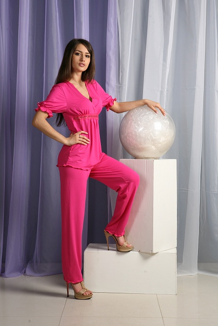 Пижама женская с брюками АссольДомашняя одежда<br><br><br>Размер: коралловый