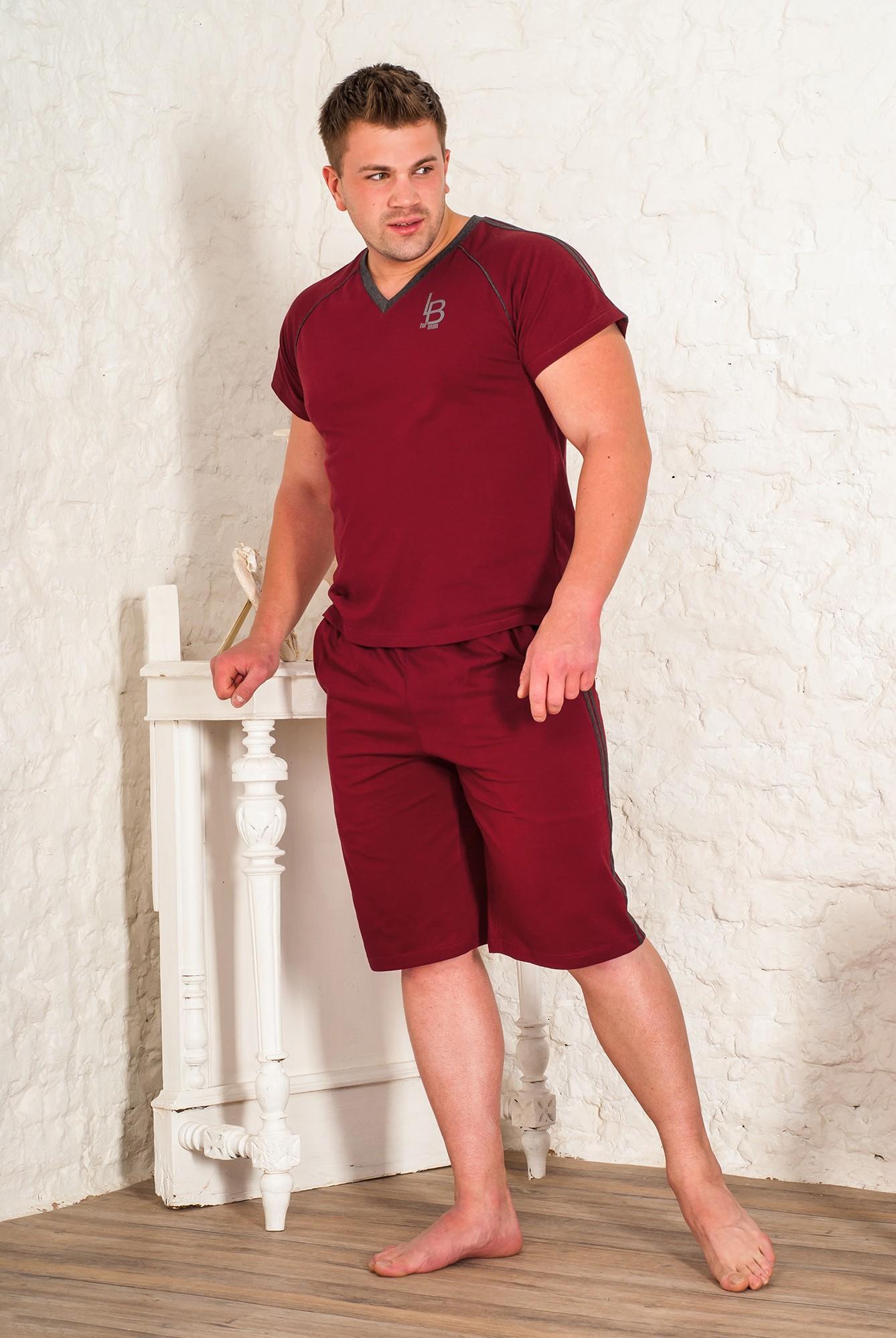 Костюм мужской Бордо футболка и шортыКостюмы<br><br><br>Размер: 48