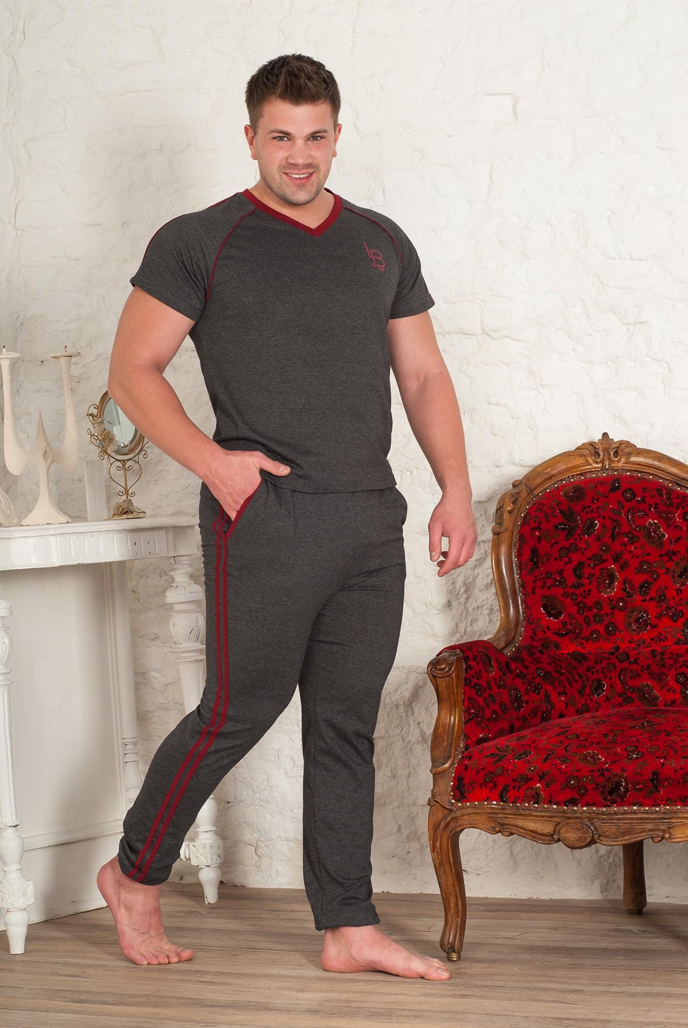 Костюм мужской Тренер футболка и брюкиКоллекция ОСЕНЬ-ЗИМА<br><br><br>Размер: 48