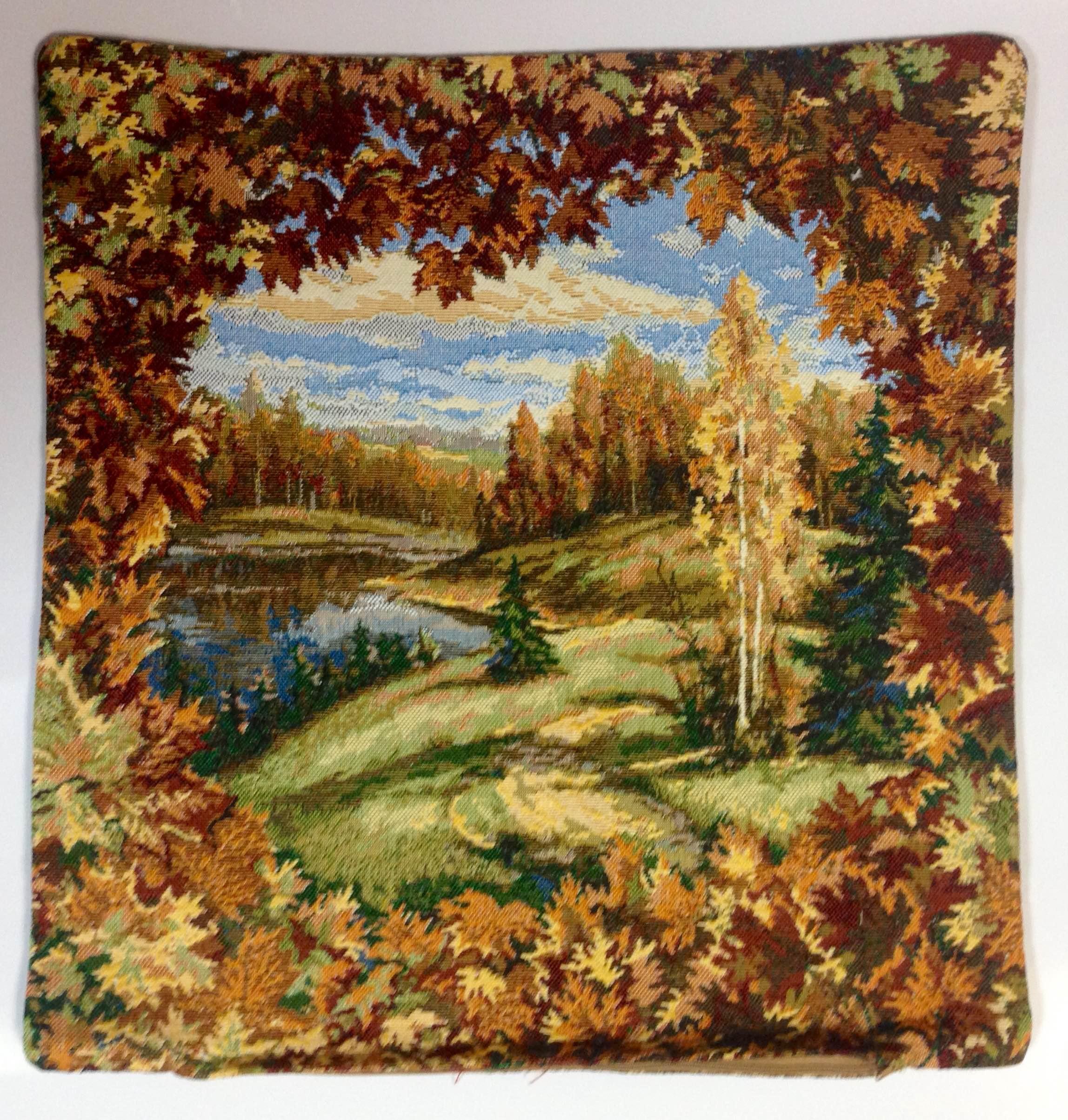 Наволочка гобеленовая Осень на молнииНаволочки<br><br><br>Размер: 50x50