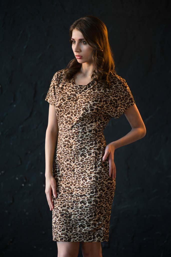 Платье женское Classiс Fashion с коротким рукавомПлатья и сарафаны<br><br><br>Размер: 44