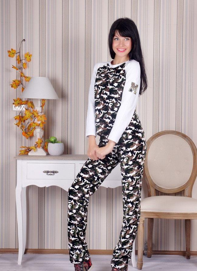 Костюм женский Джейн футболка и брюкиКоллекция ОСЕНЬ-ЗИМА<br><br><br>Размер: 44