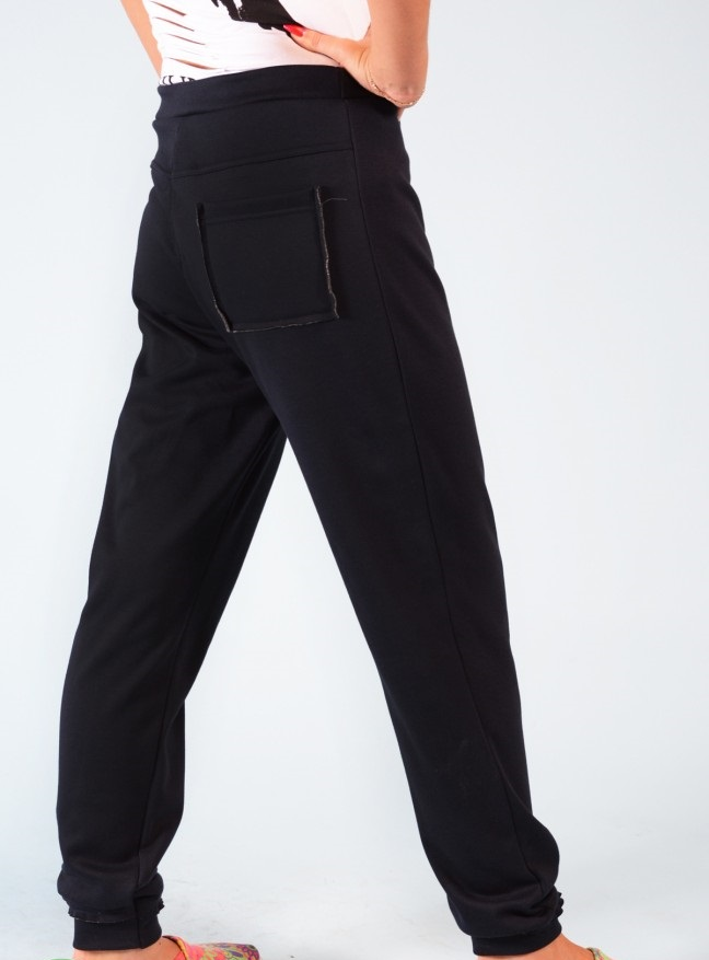 Брюки женские Сабина с карманамиКоллекция ОСЕНЬ-ЗИМА<br><br><br>Размер: 52