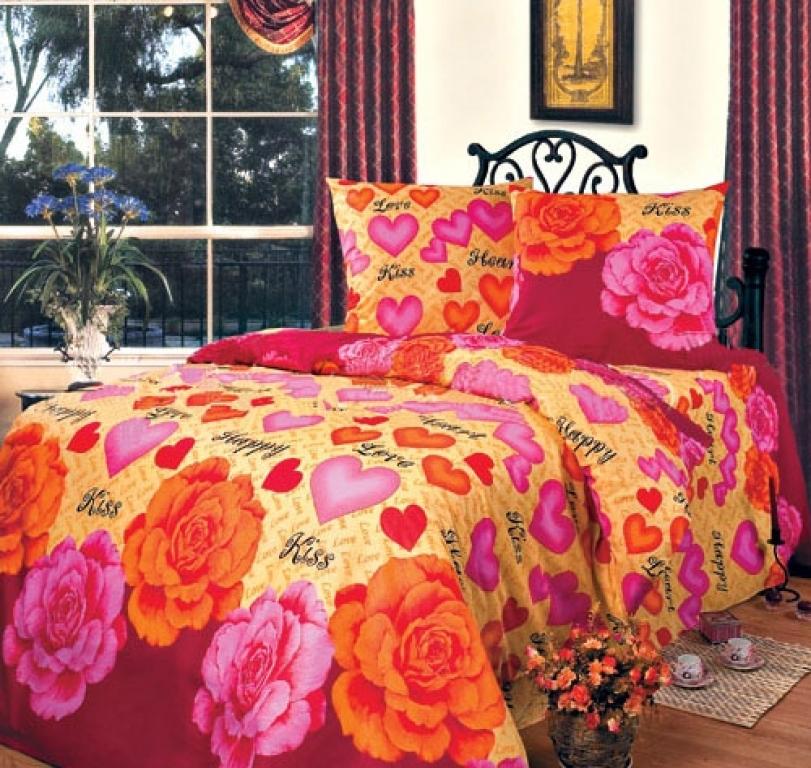 Комплект постельного белья Поцелуй из бязиПодарки на День рождения<br><br><br>Размер: Семейный (2 нав.70х70)