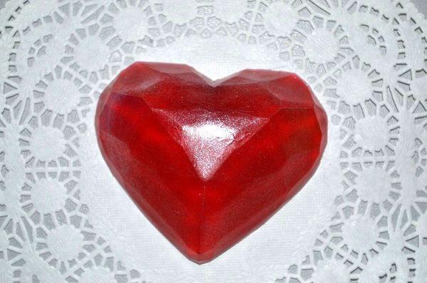 Мыло ручной работы Гранёное сердцеПодарки к 8 марта<br><br>