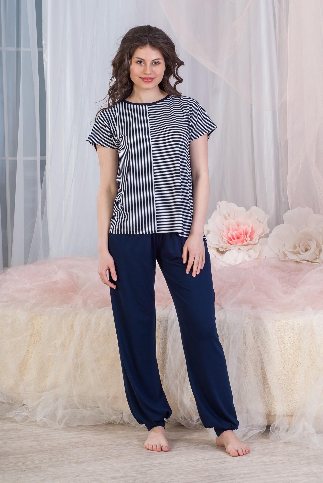 Костюм женский Аврора туника и брюкиКостюмы<br><br><br>Размер: 50