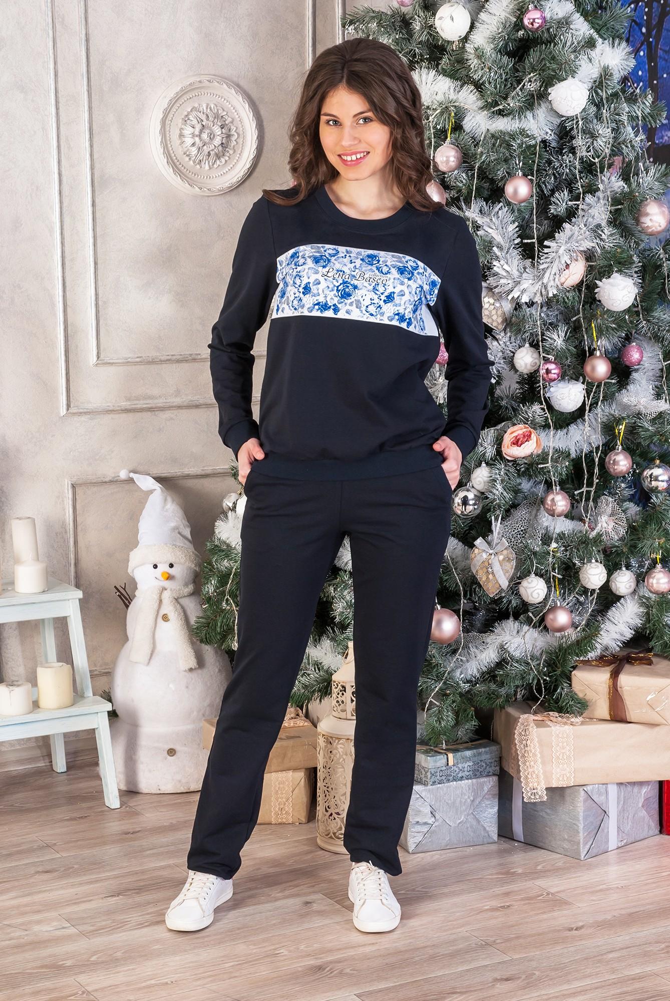 Костюм женский Гжель брюки и свитерКостюмы<br><br><br>Размер: 48