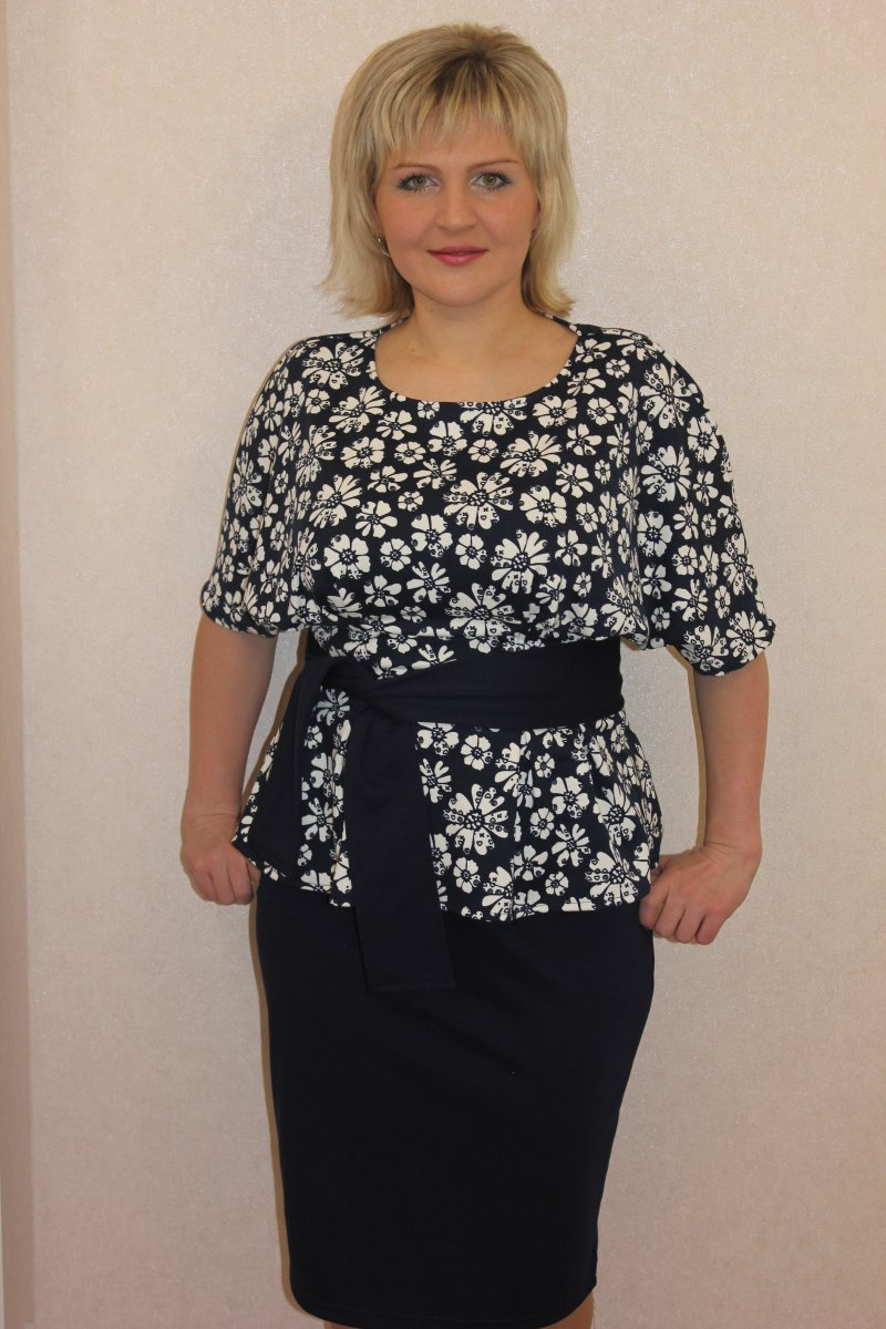 Костюм женский Лорна блуза и юбкаКостюмы<br><br><br>Размер: 48