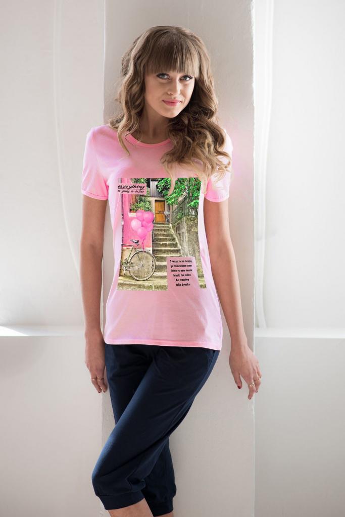 Комплект женский Барселона футболка и бриджиКоллекция ВЕСНА-ЛЕТО<br><br><br>Размер: 42