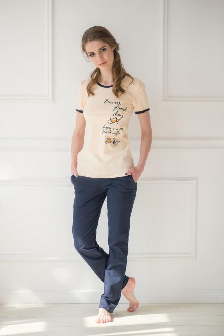 Комплект женский Day Begins футболка и брюкиКоллекция ВЕСНА-ЛЕТО<br><br><br>Размер: 44