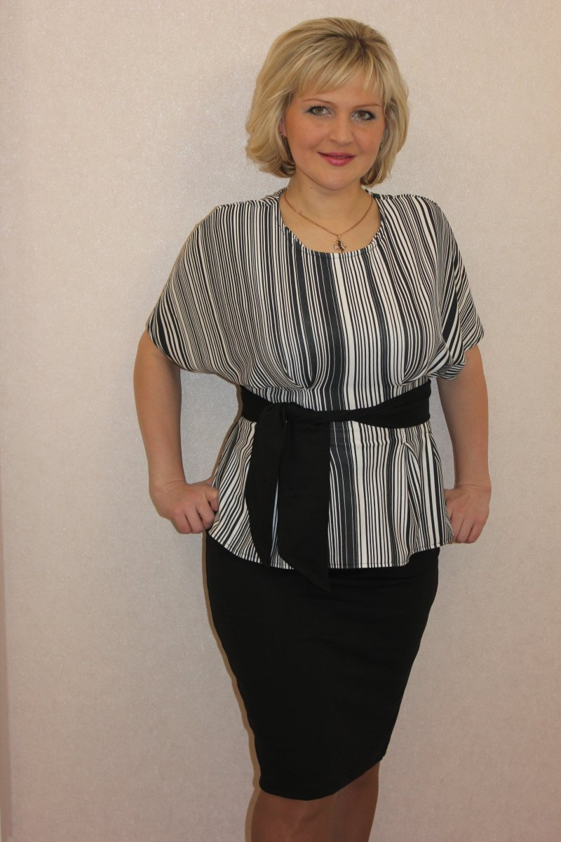Костюм женский Валенсия блуза и юбкаКоллекция ВЕСНА-ЛЕТО<br><br><br>Размер: 42