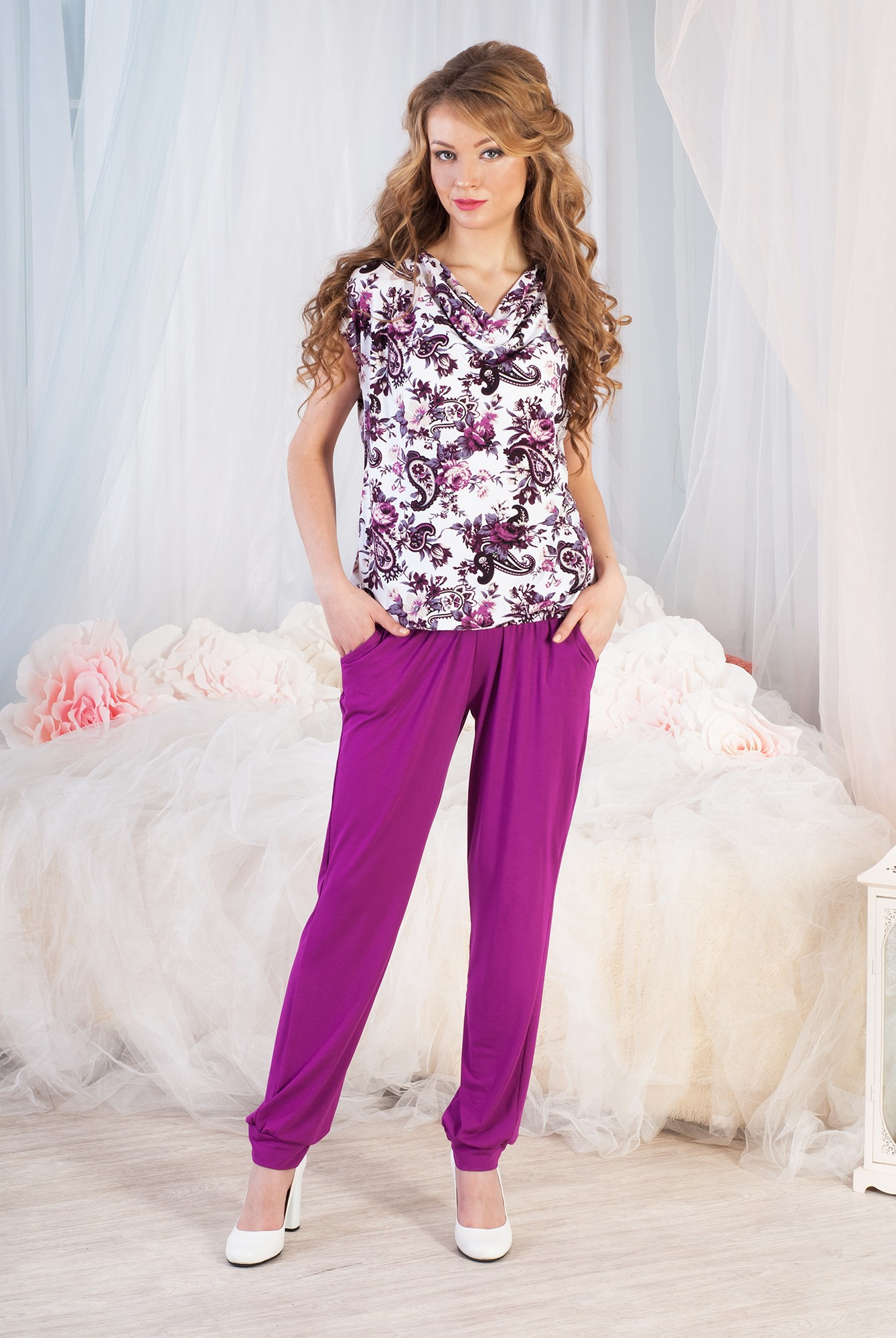 Костюм женский Розалина футболка и брюкиКостюмы<br><br><br>Размер: 58