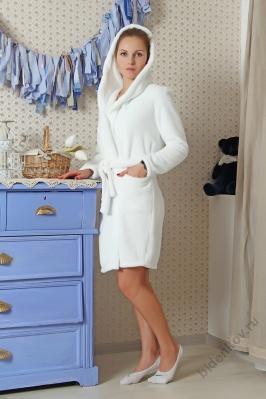Халат женский БелыйКоллекция ОСЕНЬ-ЗИМА<br><br><br>Размер: 48