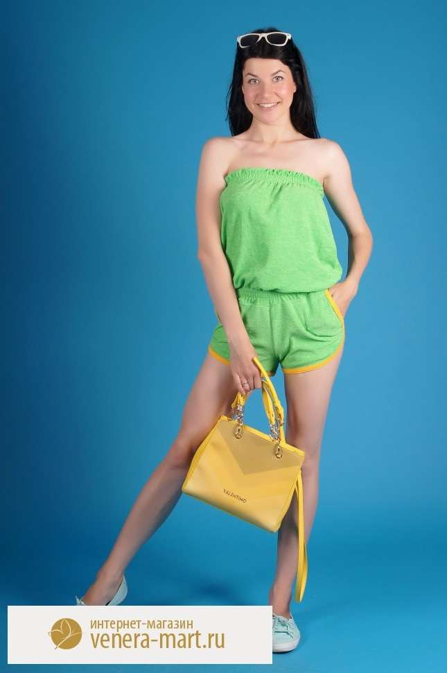 Комбинезон женский Шура с шортамиКомбинезоны<br><br><br>Размер: Шампань