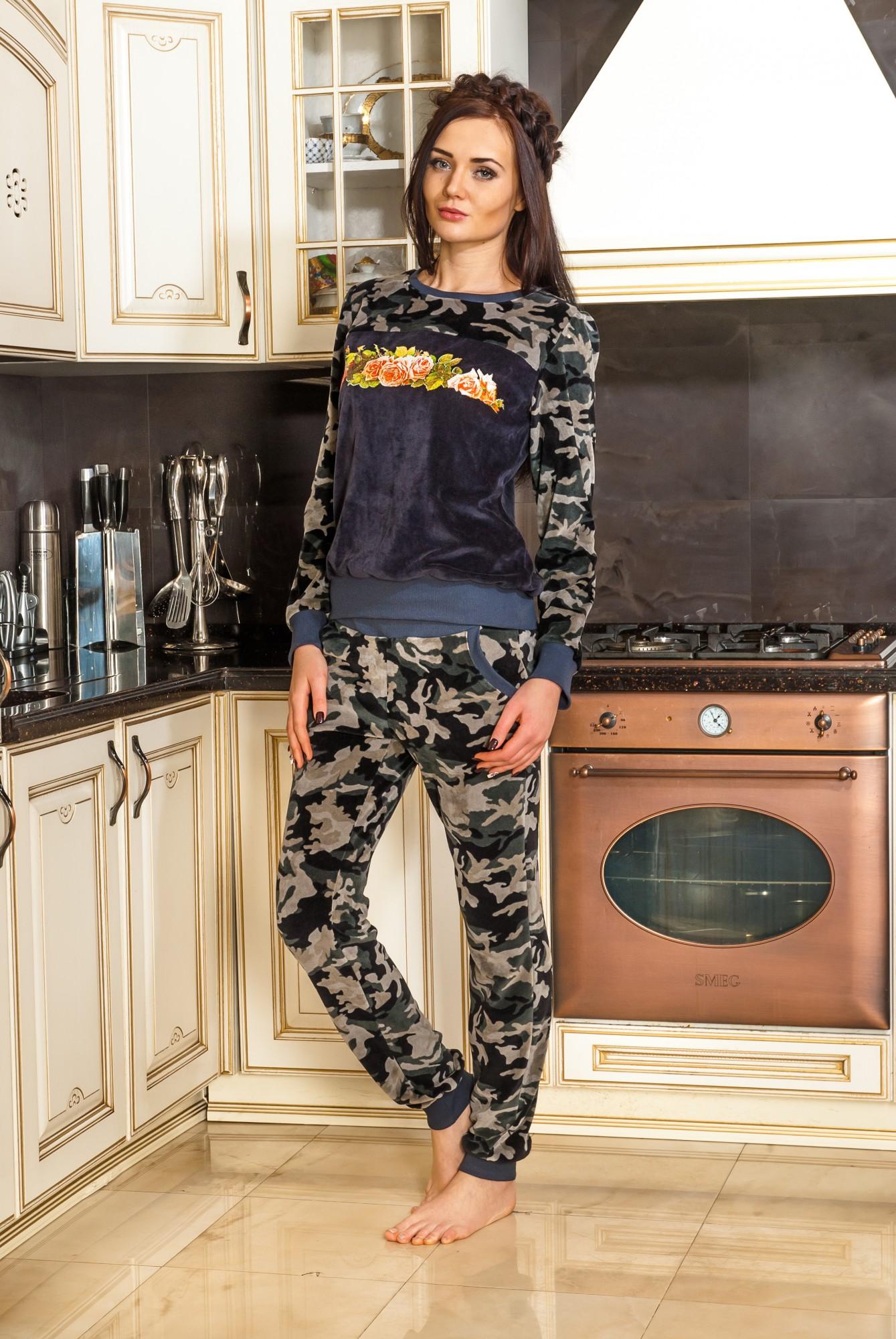 Костюм женский Милитари с длинным рукавом и брюками<br><br>Размер: 46