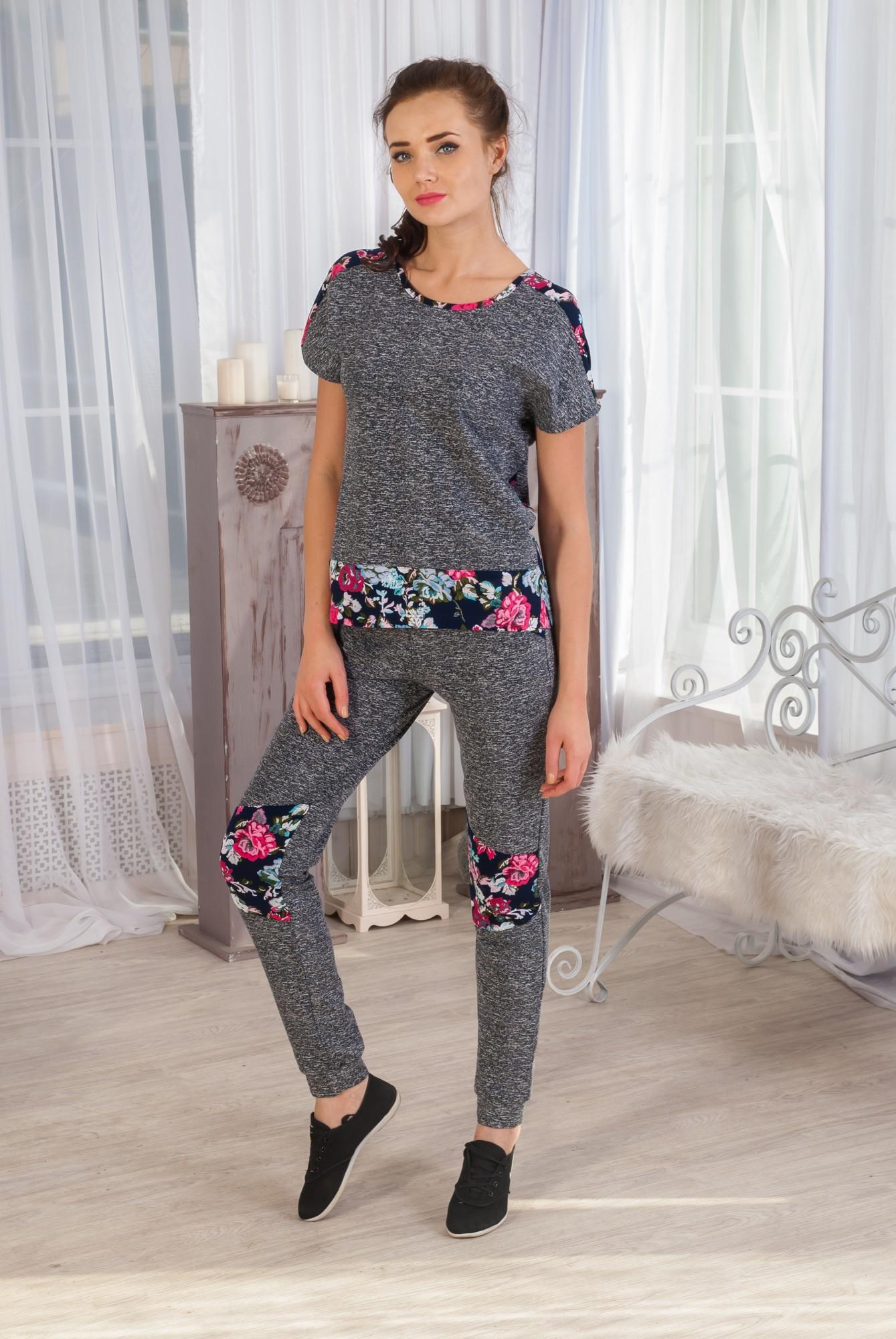 Костюм женский Адель футболка и брюкиСпортивные костюмы<br><br><br>Размер: 54