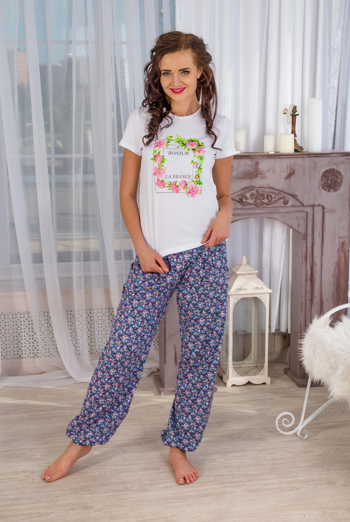 Костюм женский Бонжурфутболка и брюкиДомашние комплекты, костюмы<br><br><br>Размер: 52