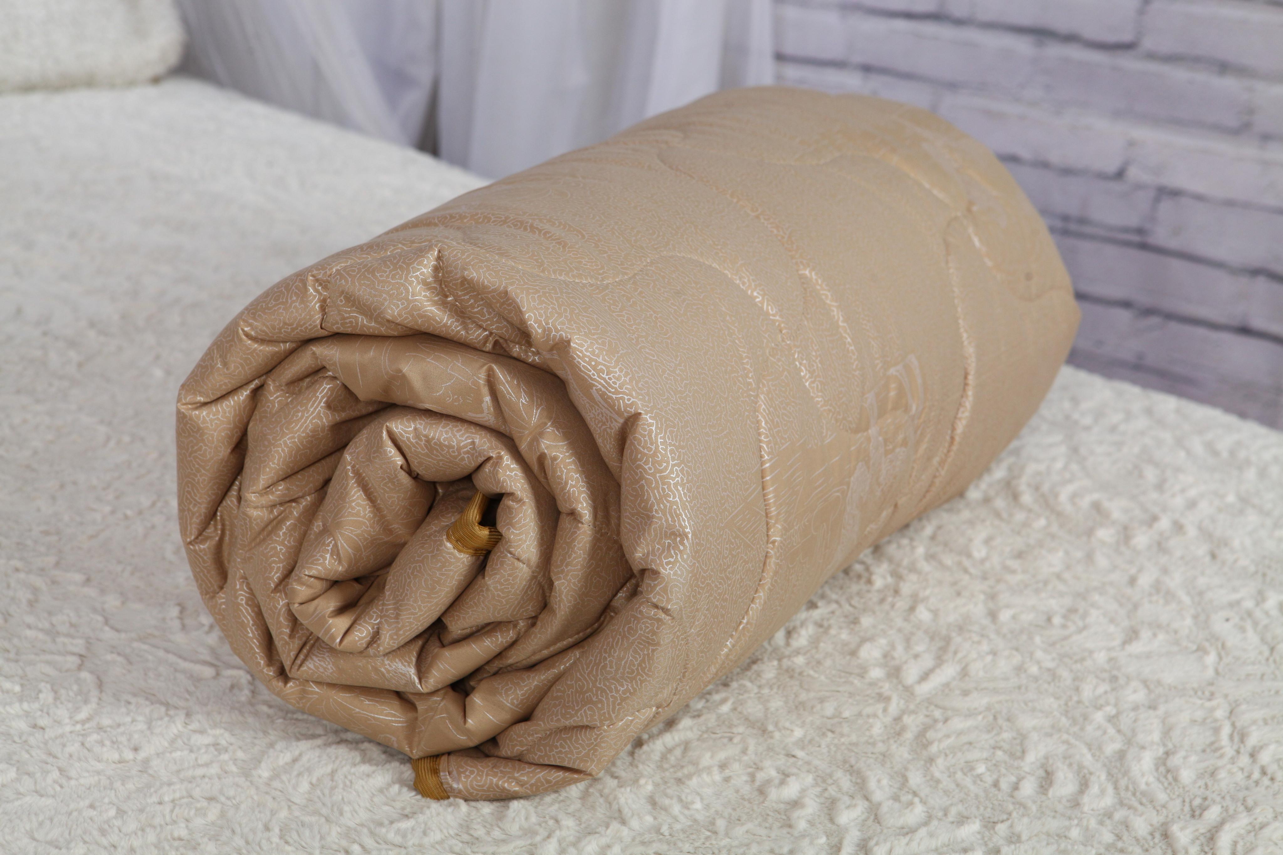 """Одеяло """"Верблюжья шерсть"""" 100 г/м в полиэстере"""